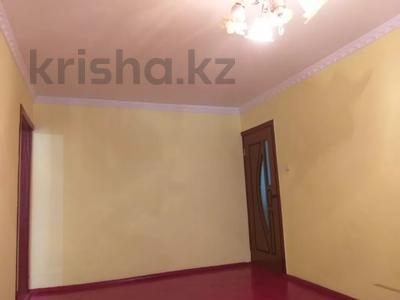 4-комнатная квартира, 75 м², 1/5 этаж, Мкр.Самал 14а за 12.3 млн 〒 в Туркестане — фото 11