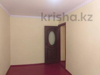 4-комнатная квартира, 75 м², 1/5 этаж, Мкр.Самал 14а за 12.3 млн 〒 в Туркестане — фото 12