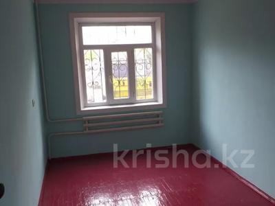 4-комнатная квартира, 75 м², 1/5 этаж, Мкр.Самал 14а за 12.3 млн 〒 в Туркестане — фото 7