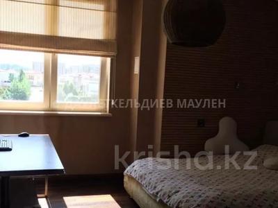 4-комнатная квартира, 270 м², 5/6 этаж помесячно, Сарайшык 34 — Акмешит за ~ 1.2 млн 〒 в Нур-Султане (Астана), Есиль р-н — фото 5