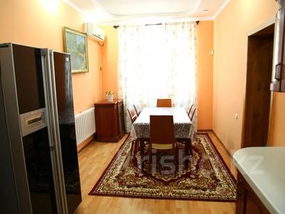 4-комнатный дом, 250 м², улица Торайгырова — Трусова за 48 млн 〒 в Семее — фото 17