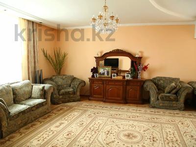 4-комнатный дом, 250 м², улица Торайгырова — Трусова за 48 млн 〒 в Семее — фото 25