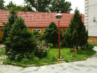 4-комнатный дом, 250 м², улица Торайгырова — Трусова за 48 млн 〒 в Семее — фото 4