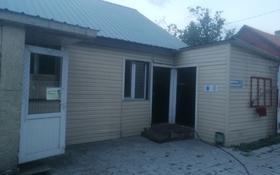 4-комнатный дом помесячно, 102.8 м², 581 сот., Суйинбая 231 — DAF салон машин за 100 000 〒 в Алматы, Турксибский р-н