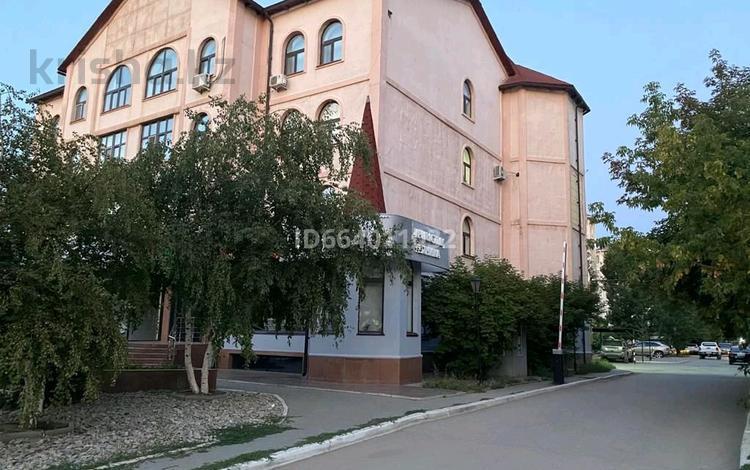 2-комнатная квартира, 82.4 м², 3/4 этаж, улица Газизы Жубановой 39В за 19 млн 〒 в Актобе