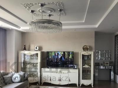 4-комнатная квартира, 187 м², 24 этаж помесячно, Байтурсынова 9 за 700 000 〒 в Нур-Султане (Астана), Алматы р-н