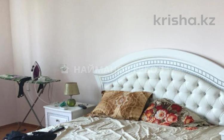 2-комнатная квартира, 64.2 м², 5/5 этаж, Тургута Озала за 18.9 млн 〒 в Алматы, Алмалинский р-н