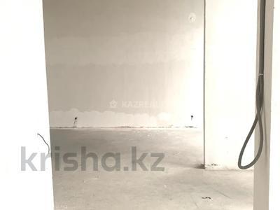Помещение площадью 75 м², Алихана Бокейханова 42 — Абиша Кекилбайулы за 43.5 млн 〒 в Нур-Султане (Астана), Есиль р-н