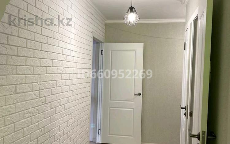 3-комнатная квартира, 61 м², 3/5 этаж, мкр Восток 66 за 22 млн 〒 в Шымкенте, Енбекшинский р-н