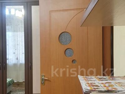 1-комнатная квартира, 42 м², 3/9 этаж помесячно, Райымбека 241 за 100 000 〒 в Алматы, Жетысуский р-н — фото 4