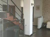 5-комнатный дом помесячно, 300 м², 7 сот.