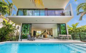 5-комнатный дом, 316 м², 6 сот., 247 Palm Ave Miami Beach, FL 33139 за ~ 2.3 млрд 〒 в Майами