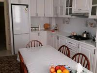 3-комнатная квартира, 120 м², 3/5 этаж помесячно, Тауелсиздик 12/2 за 250 000 〒 в Актобе, мкр. Батыс-2