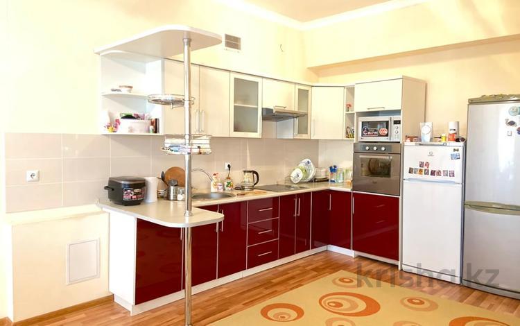 3-комнатная квартира, 108 м², 12/20 этаж, Кенесары 42 за 36 млн 〒 в Нур-Султане (Астана), р-н Байконур