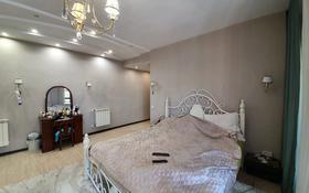 5-комнатный дом, 234 м², 10 сот., Жамбула 168 за 68 млн 〒 в Караганде, Казыбек би р-н