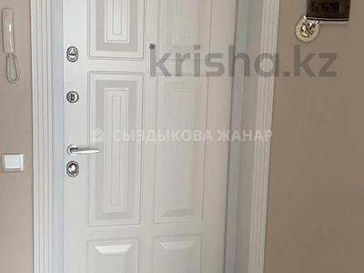 3-комнатная квартира, 100 м², 13/16 этаж, Республики 9/2 за 45 млн 〒 в Нур-Султане (Астана), Сарыарка р-н — фото 9
