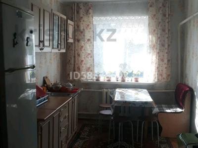 3-комнатный дом, 72 м², 12 сот., Бостандыкская 42/2 за 6 млн 〒 в Петропавловске — фото 6