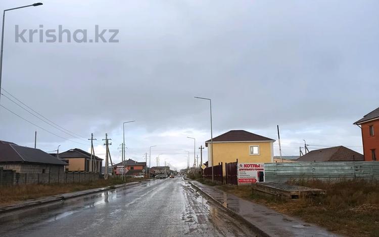 Участок 6 соток, Республика көшесі — Шоқан Уалиханов көшесі за 15 млн 〒 в Косшы