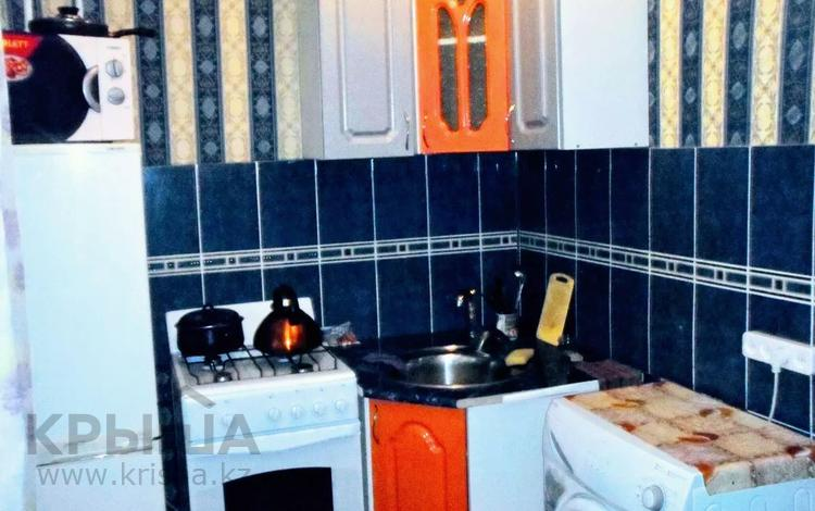 1-комнатная квартира, 40 м², 2 этаж посуточно, Достык 207 — Евразия за 6 000 〒 в Уральске