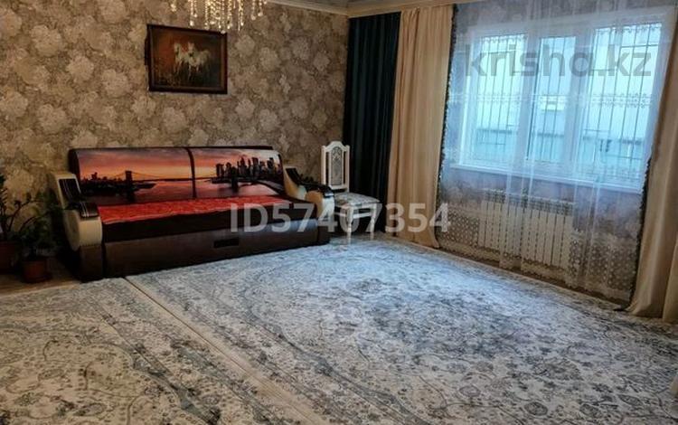 4-комнатный дом, 120 м², 5 сот., Тәуелсіздік за 13 млн 〒 в Уральске