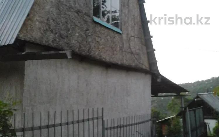 3-комнатный дом, 80 м², 8.8 сот., Звёздочка 33 за 15 млн 〒 в Алматы, Медеуский р-н