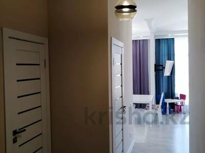 2-комнатная квартира, 60 м², 7/9 этаж, Мухамедханова ЖК Кристалл 2 за 24.5 млн 〒 в Нур-Султане (Астана), Есиль р-н