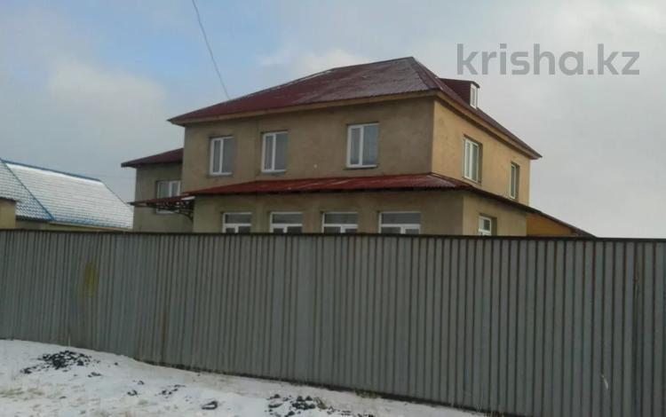 7-комнатный дом, 335 м², 10 сот., Карамендеби за 42 млн 〒 в Балхаше
