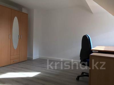 9-комнатный дом, 347 м², Karlsruhe — Durlach за ~ 276.3 млн 〒 — фото 2