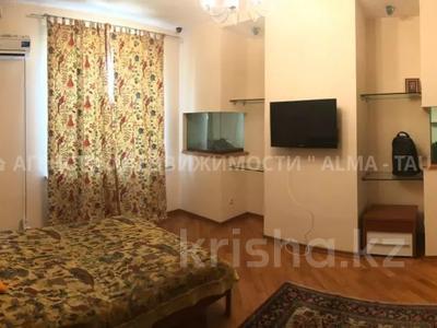 6-комнатная квартира, 370 м², 1/3 этаж, Самал 3 — Мендекулова за 240 млн 〒 в Алматы, Медеуский р-н — фото 3
