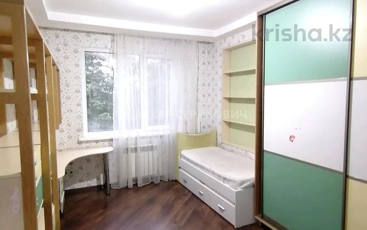 3-комнатная квартира, 80 м², 2/9 этаж, мкр Мамыр-3, Мкр Мамыр-3 — Шаляпина за 33 млн 〒 в Алматы, Ауэзовский р-н