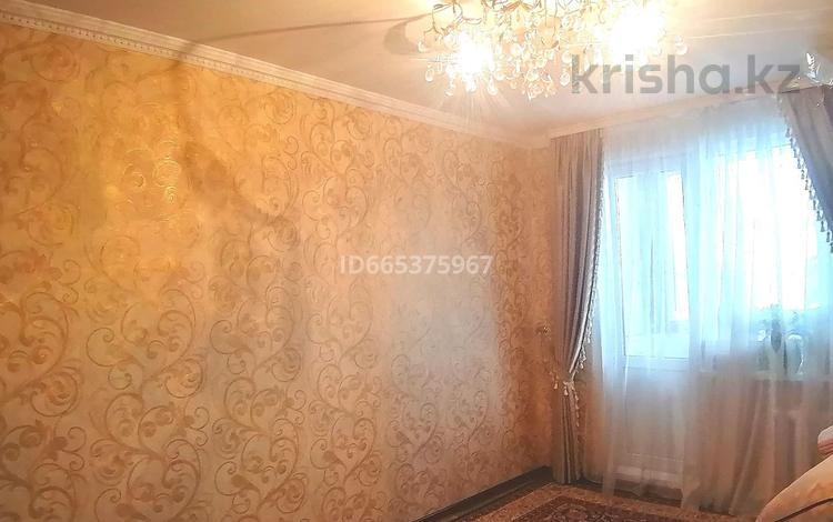 3-комнатная квартира, 63 м², 5/5 этаж, Чингирлауская улица за 11.9 млн 〒 в Уральске