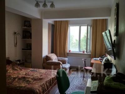 3-комнатная квартира, 87.9 м², 2/9 этаж, мкр Жетысу-2 85 за 39.5 млн 〒 в Алматы, Ауэзовский р-н — фото 2