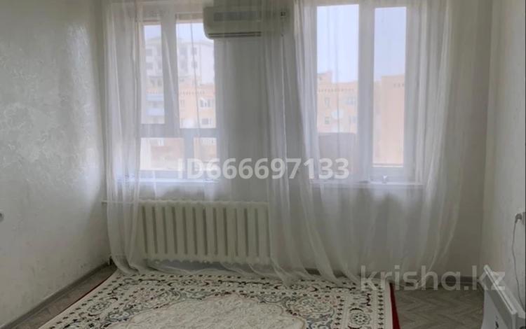 1-комнатная квартира, 38 м², 4/4 этаж, 4 мкр за 6.5 млн 〒 в Жанаозен