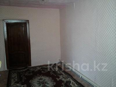 4-комнатный дом, 60.7 м², Каржаубайулы 223 за 8 млн 〒 в Семее — фото 2