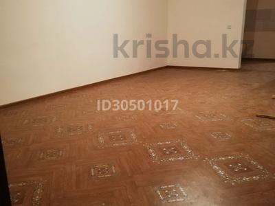 5-комнатный дом, 310 м², 10 сот., ул. Меркенская за 25 млн 〒 в Таразе — фото 15