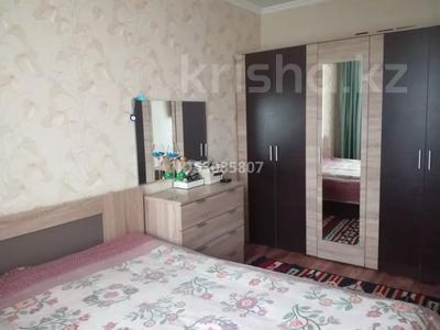 2-комнатная квартира, 54 м², 5/9 этаж, Строителей — Муканова за 13.5 млн 〒 в Караганде, Казыбек би р-н — фото 3