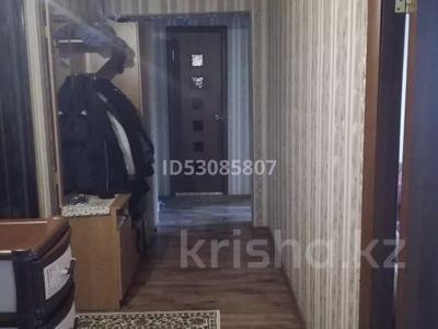 2-комнатная квартира, 54 м², 5/9 этаж, Строителей — Муканова за 13.5 млн 〒 в Караганде, Казыбек би р-н — фото 6