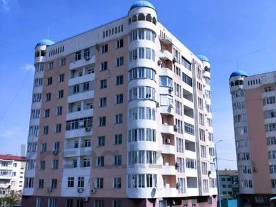 2-комнатная квартира, 65 м², 6/9 этаж, Нурсат 128 — Байдыбек Би за 11.2 млн 〒 в Шымкенте, Каратауский р-н