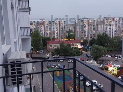 2-комнатная квартира, 75 м², 7/10 этаж, мкр Аксай-4, Мкр. Аксай-4 за 26 млн 〒 в Алматы, Ауэзовский р-н — фото 4