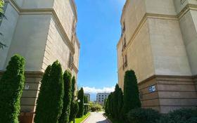5-комнатная квартира, 208 м², 3/3 этаж, Мкр. Мирас 157/2 за 160 млн 〒 в Алматы, Алмалинский р-н