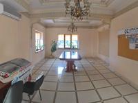 8-комнатный дом помесячно, 400 м²