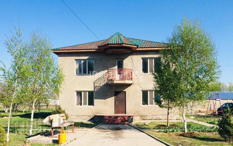 8-комнатный дом, 230 м², 24 сот., Бекенов Рахымжан 44 за 24 млн 〒 в