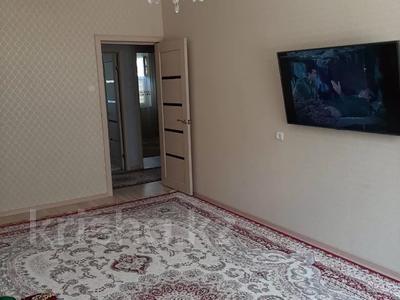 3-комнатная квартира, 70 м², 3/5 этаж, 15-й мкр 52 за 19 млн 〒 в Актау, 15-й мкр — фото 2