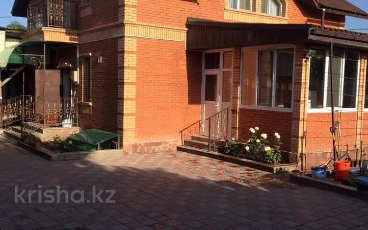 6-комнатный дом, 245 м², 8 сот., Байтерек 4 за 43 млн 〒 в Байтереке (Новоалексеевке)