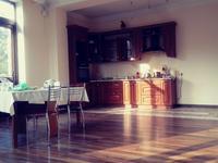 5-комнатный дом помесячно, 200 м², 5 сот.