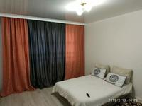 1-комнатная квартира, 49 м², 2/12 этаж посуточно, Алтыбакан 1 — Бауржан Момышулы за 8 000 〒 в Нур-Султане (Астане)
