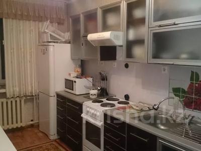 3-комнатная квартира, 64.8 м², 8/8 этаж, Назарбаева 77 за 13 млн 〒 в Усть-Каменогорске