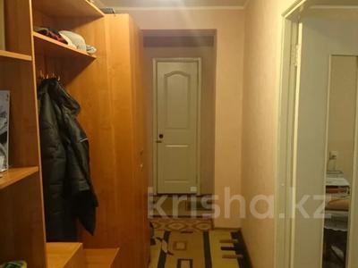 3-комнатная квартира, 64.8 м², 8/8 этаж, Назарбаева 77 за 13 млн 〒 в Усть-Каменогорске — фото 4