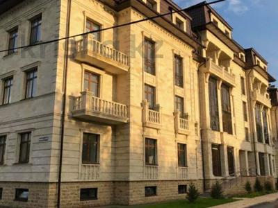 3-комнатная квартира, 94 м², 3/5 этаж, Кривогуза 94/3 за 38 млн 〒 в Караганде, Казыбек би р-н