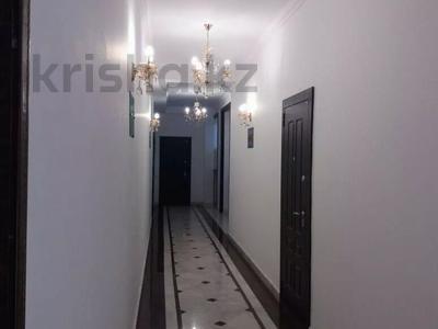 3-комнатная квартира, 94 м², 3/5 этаж, Кривогуза 94/3 за 38 млн 〒 в Караганде, Казыбек би р-н — фото 3